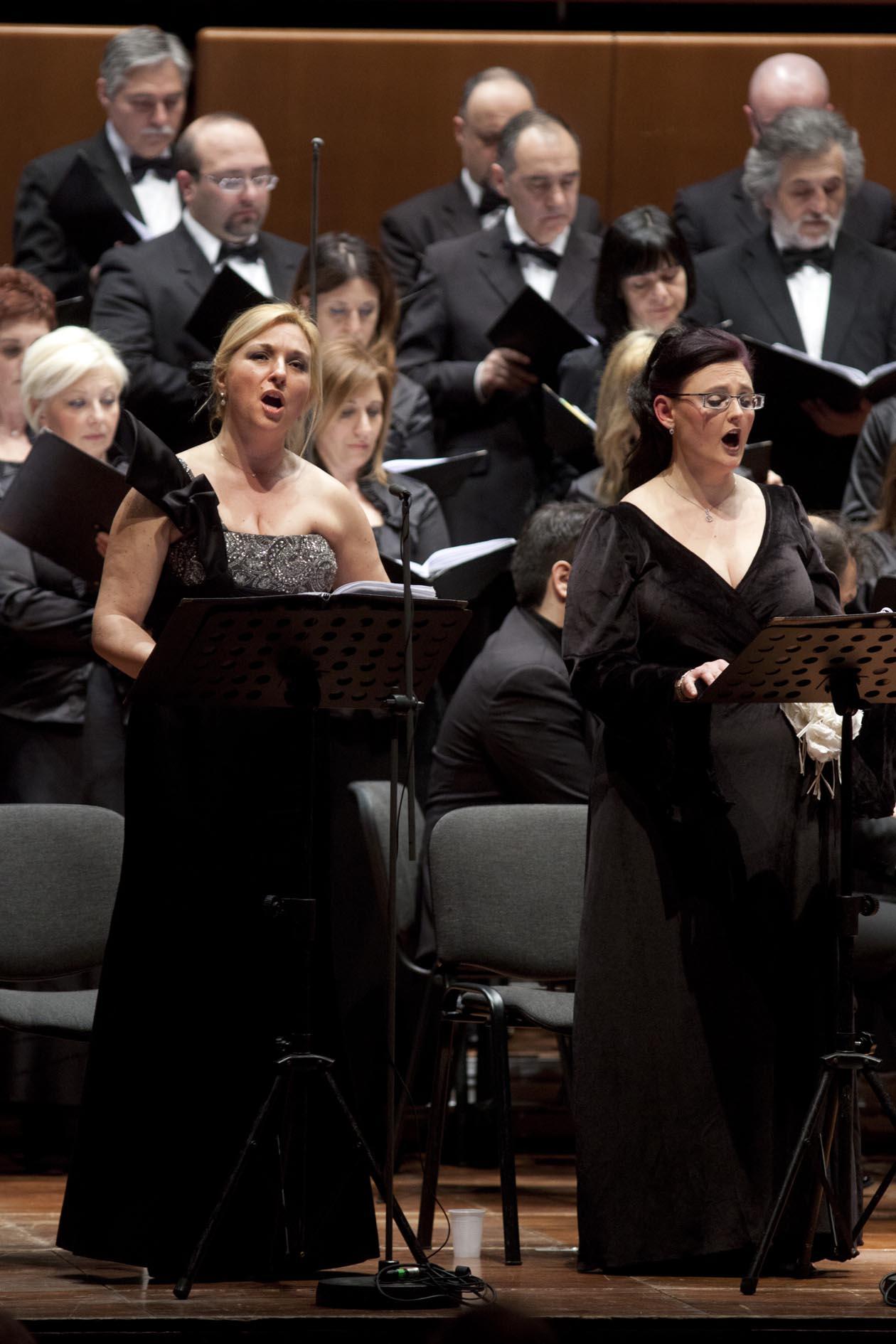 Roma, Auditorium Parco della Musica 16 03 2012. Stagione di Musica da Camera - Coro dell'Accademia Nazionale di Santa Cecilia, Ciro Visco direttore, Enrico Pace pianoforte, Marta Vulpi soprano,Tiziana Pizzi contralto, Carlo Putelli tenore, Massimo Simeoli basso. Stabat Mater. ©Musacchio & Ianniello********************************************************NB la presente foto puo' essere utilizzata esclusivamente per l' avvenimento in oggetto o comunque per pubblicazioni riguardanti l'Accademia Nazionale di Santa Cecilia********************************************************
